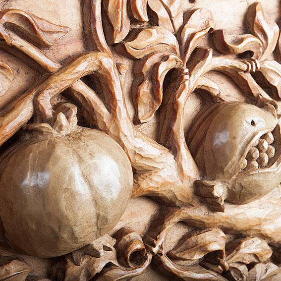 Bajo Relieve de rama de granado para cuarterón de artesonado
